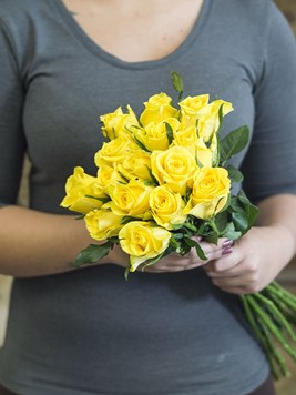 Bouquets: Fifteen Yellow